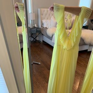 Zara Dresses - AMAZING ruffle yellow maxi dress